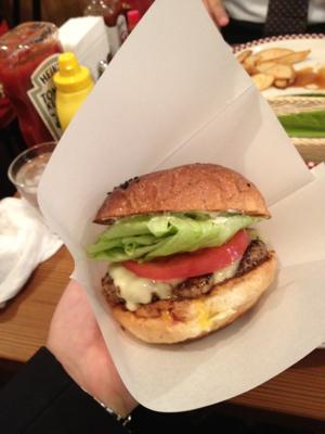 芝二な昼ごはん 〜 現時点史上最強なハンバーガー 〜